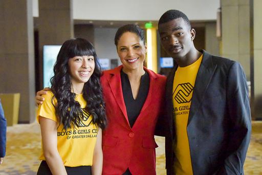 Keynote Speaker Soledad OBrien with BGCD Teen Memb