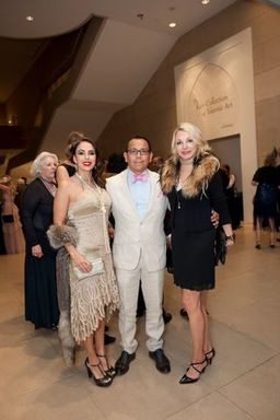 Cynthia Pina, Luis Pina and Vanessa Swarovsky_prev